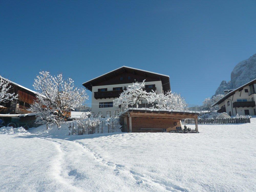 Winterzauber auf dem Bauernhof in Völs am Schlern
