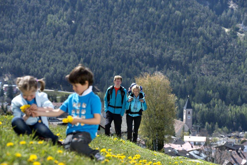 Naturpark Schlern-Rosengarten: Bad Ratzes - Proßliner Schwaige - Schlernbödele-Hütte - Bad Ratzes